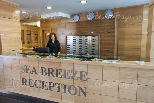 Sea Breeze Hotel2