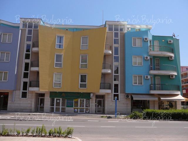 Aquamarine Vacation Complex3