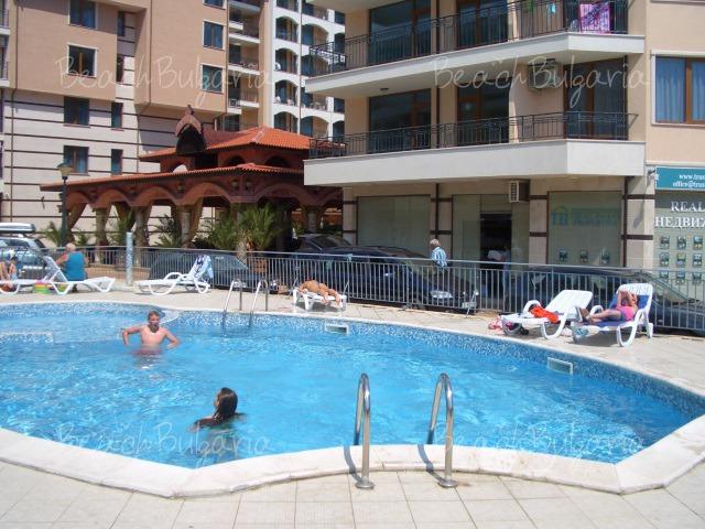 Aquamarine Vacation Complex7