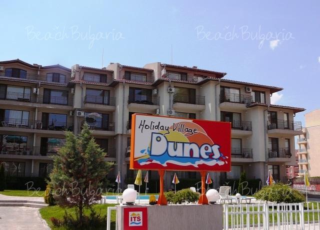 Dunes village