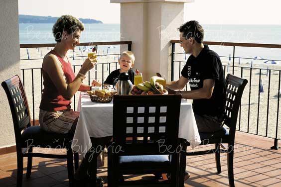 RIU Helios Bay Hotel15