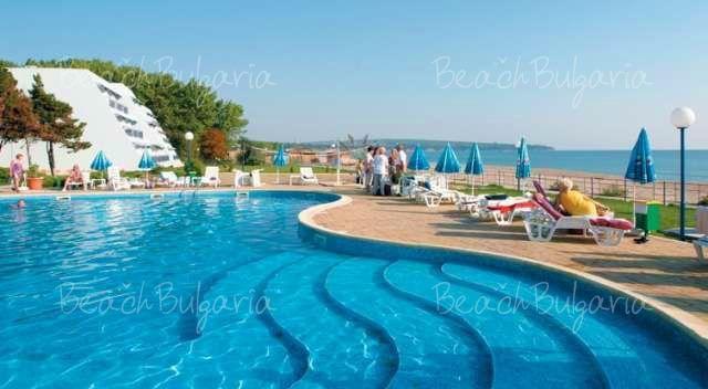 Suneo Helios Beach Hotel4
