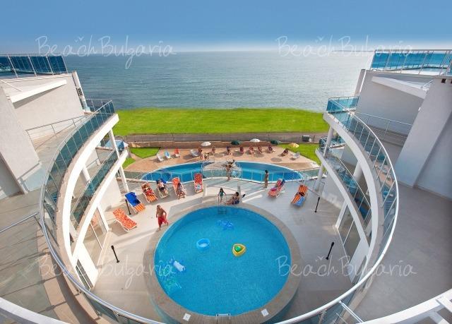 Grand Sirena Complex4