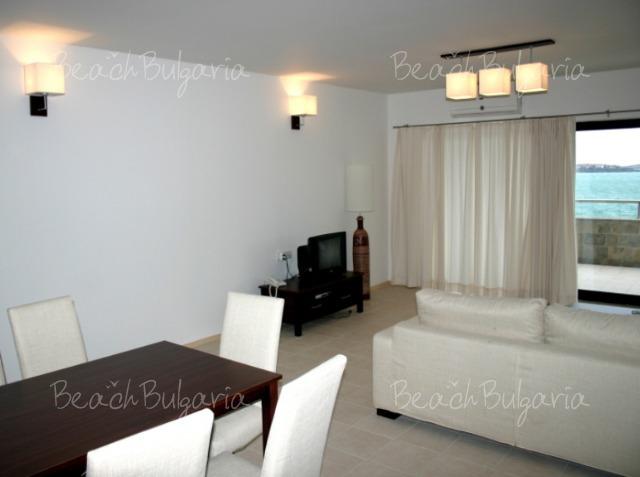 Ofir Hotel9