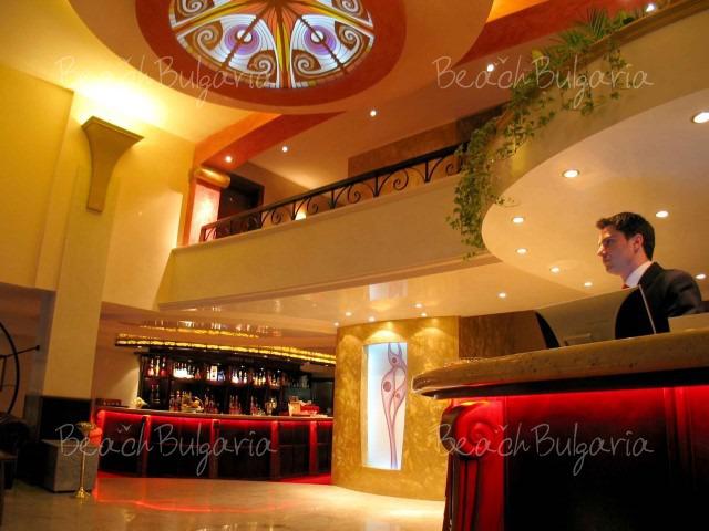 Capitol Hotel3
