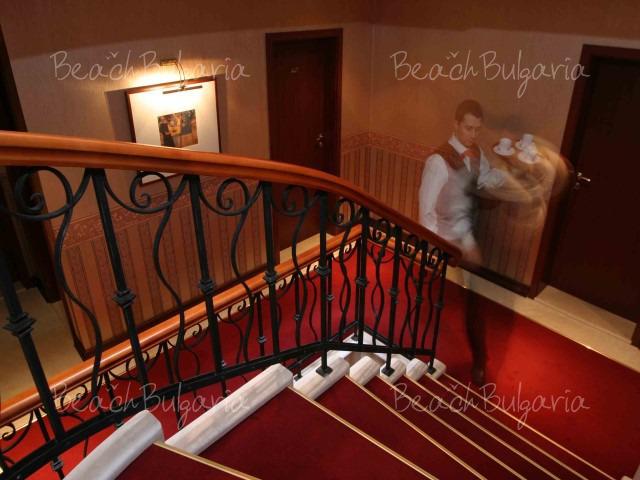 Capitol Hotel4