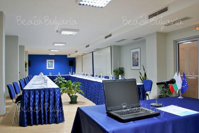 Aqua Hotel4