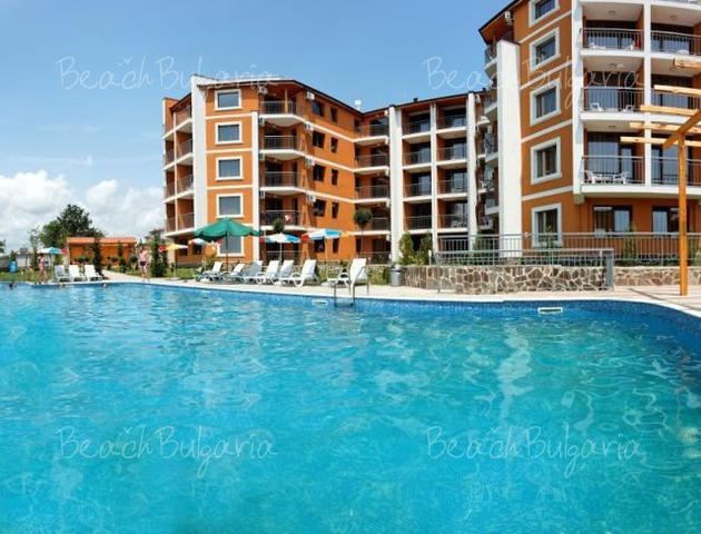 Vemara Club Hotel