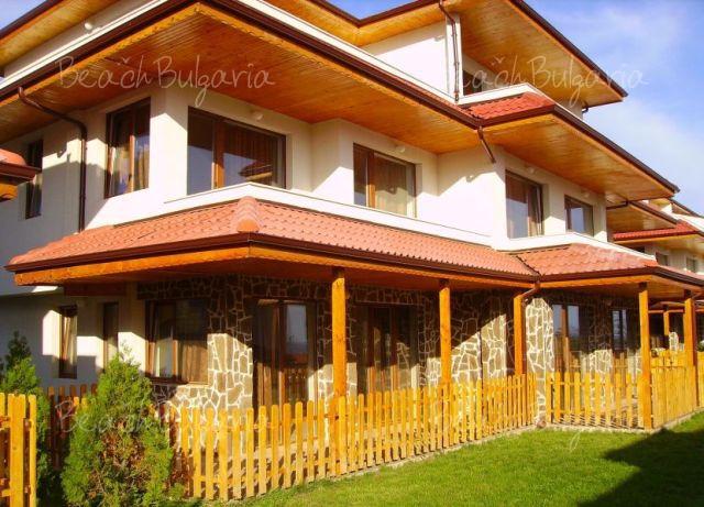 Vemara Club Hotel13