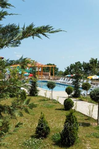Vemara Club Hotel3