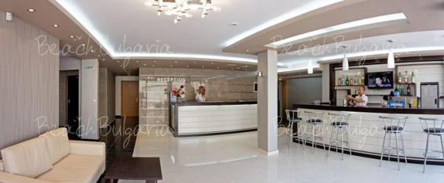Vemara Club Hotel5