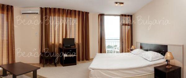Vemara Club Hotel6