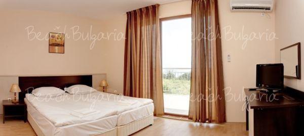 Vemara Club Hotel7