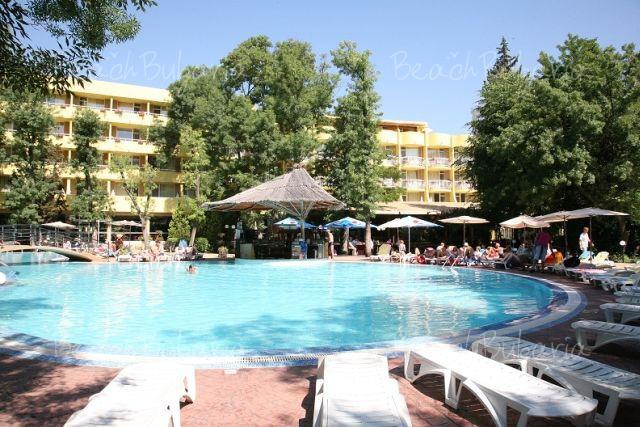 Bor Club Hotel2