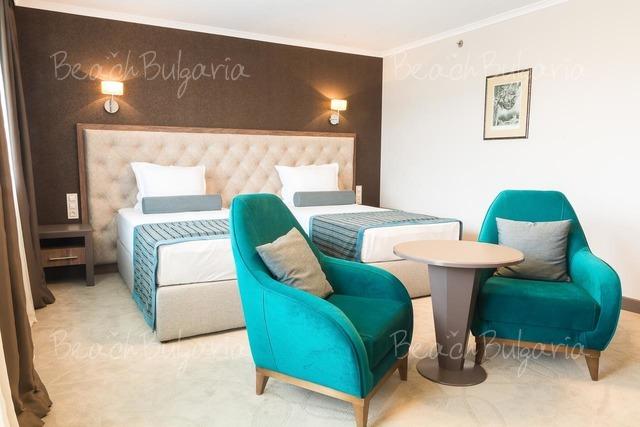 Hotel & Casino Cherno more12