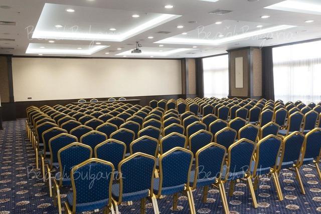 Hotel & Casino Cherno more21