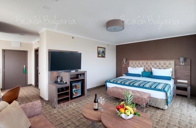 Hotel & Casino Cherno more10