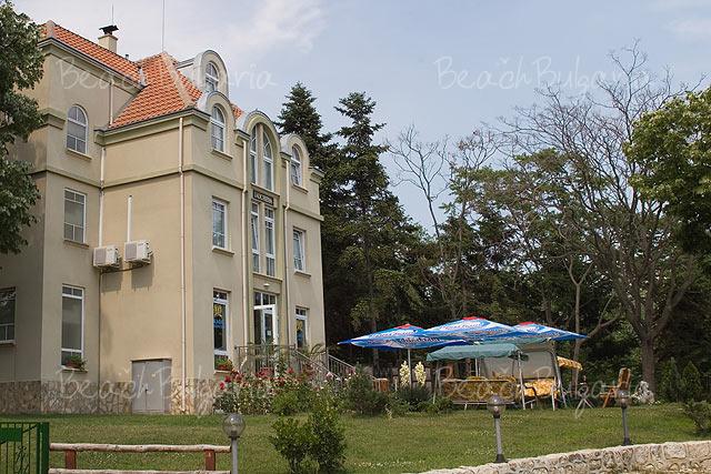 Duchess Hotel2