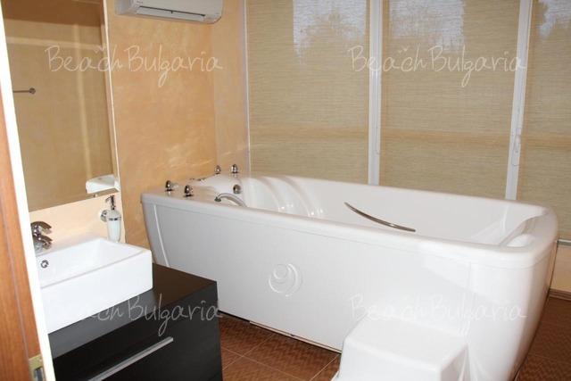 Marina Holiday Club 15