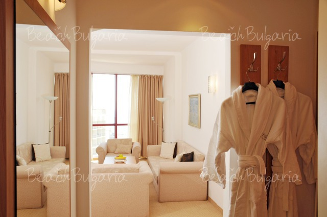 Doubletree by Hilton Hotel Varna9