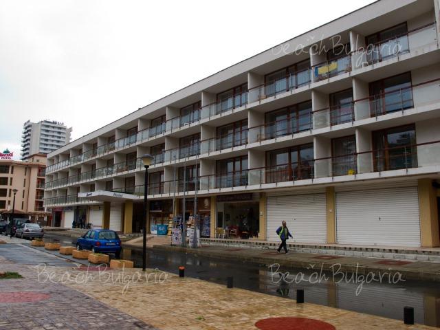 Mercury Hotel20