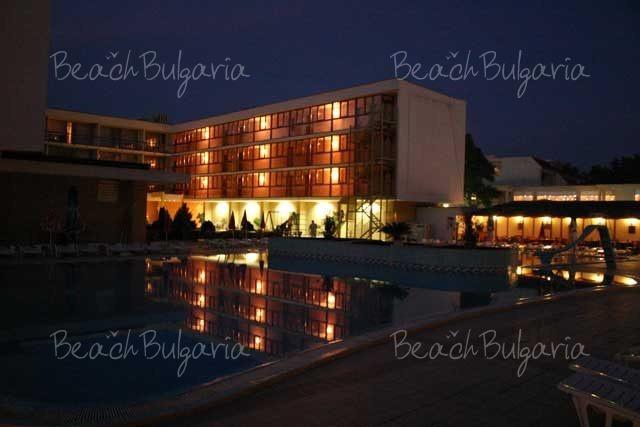 Mercury Hotel6