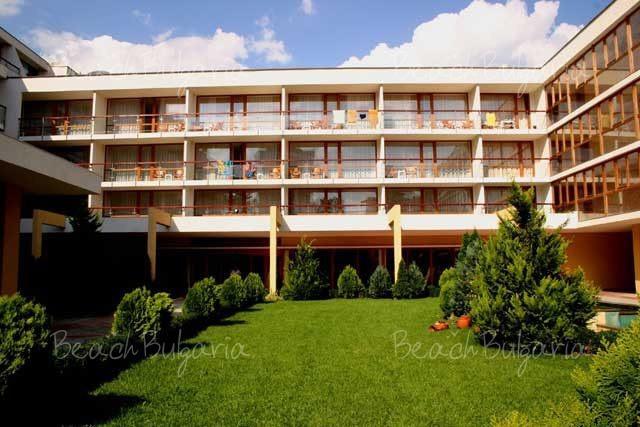 Mercury Hotel7