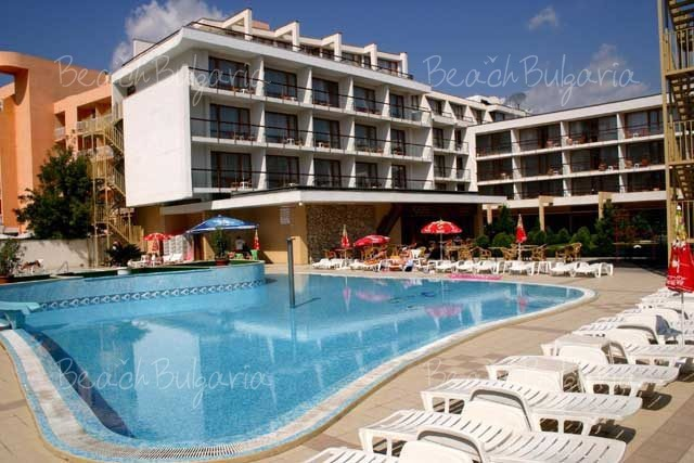 Mercury Hotel9