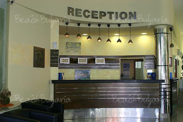 Mirage Hotel2