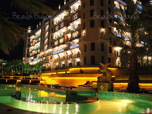Royal Castle Hotel4