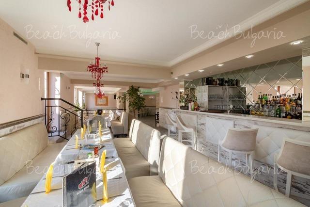 Zeus Hotel5