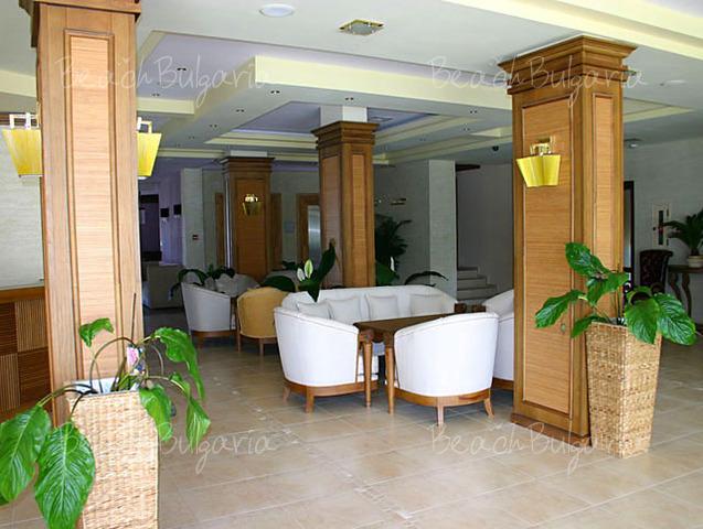 Regina Mare Aparthotel13