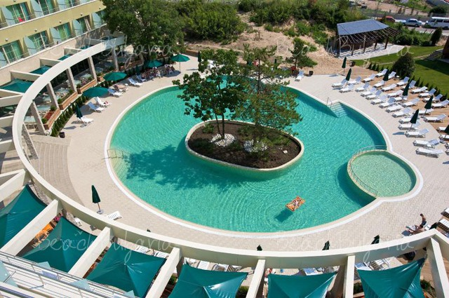 Jeravi Hotel4