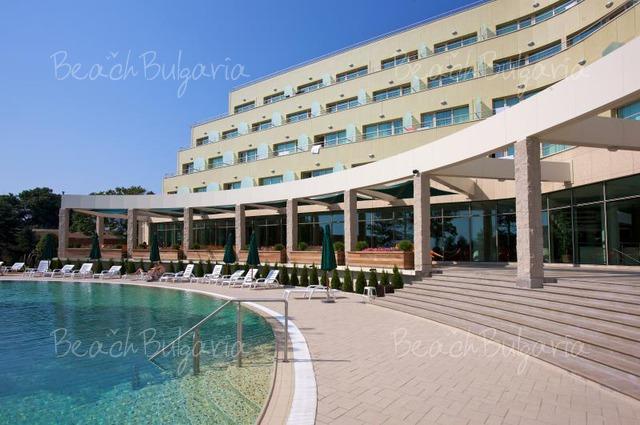 Jeravi Hotel6