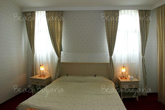 Plaza Hotel5