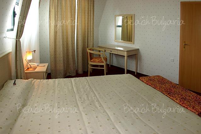 Plaza Hotel6