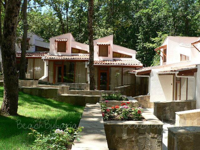 Primorsko Holiday Villas6