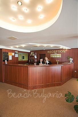 Persey Park Hotel3