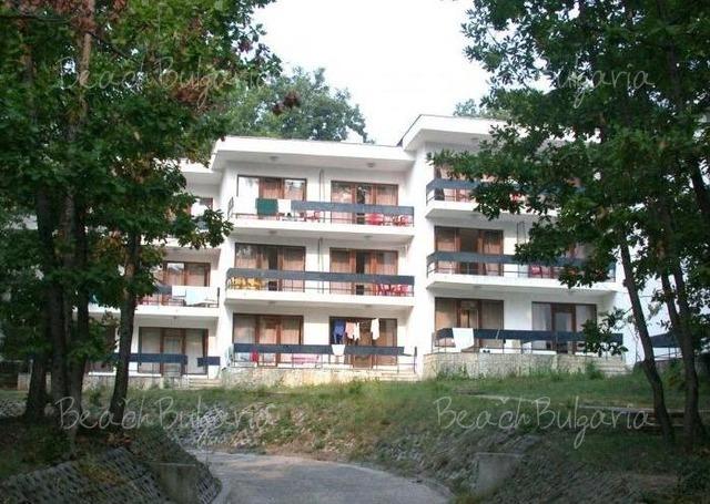 MMC Primorsko Hotel3