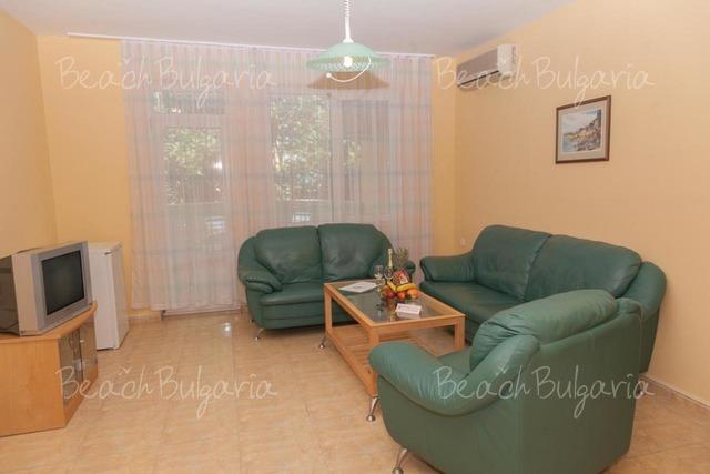Slavyanski hotel13