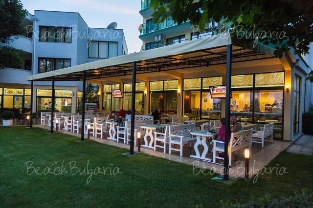 Slavyanski hotel14