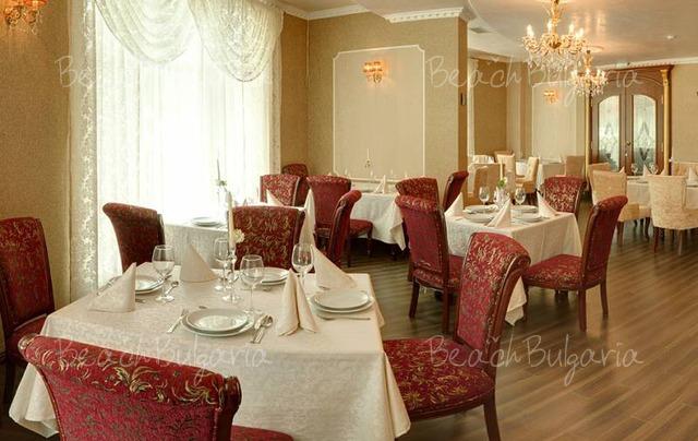 Kristel Hotel13