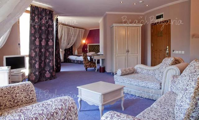 Kristel Hotel6