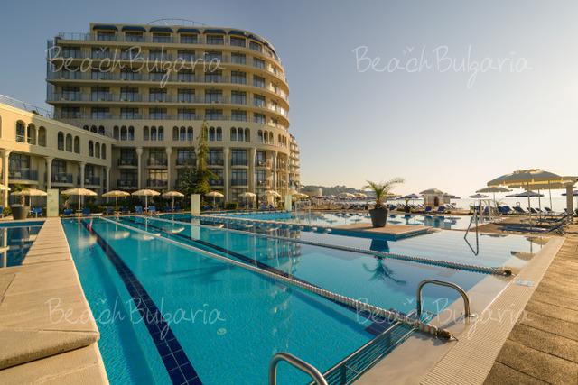 Azalia Hotel & SPA33