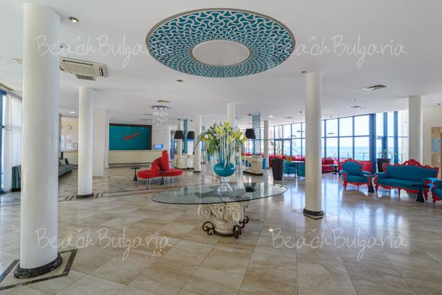 Azalia Hotel & SPA37