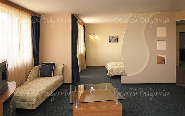 Sunrise hotel11