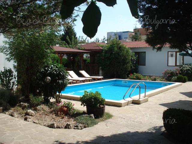 Villas Denitsa3