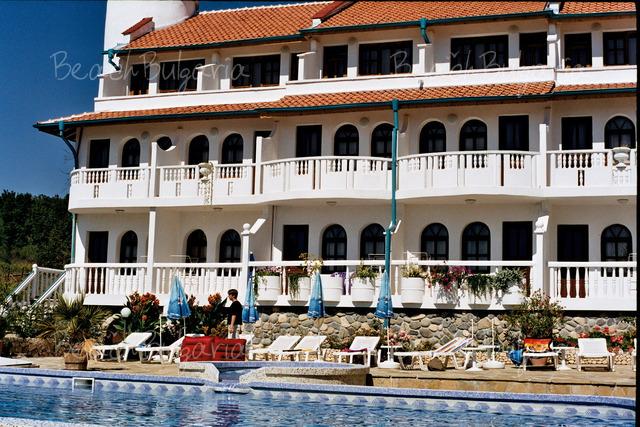 Gamartata Hotel2