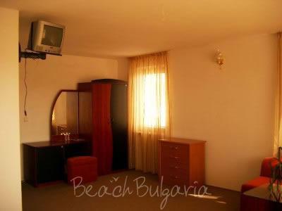 Zlatna Ribka family hotel14