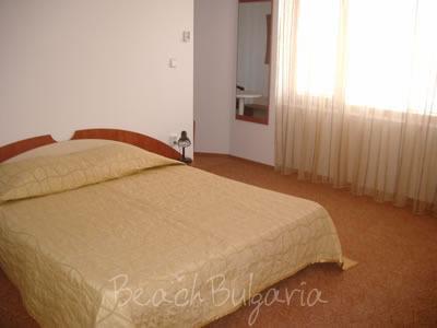 Zlatna Ribka family hotel5